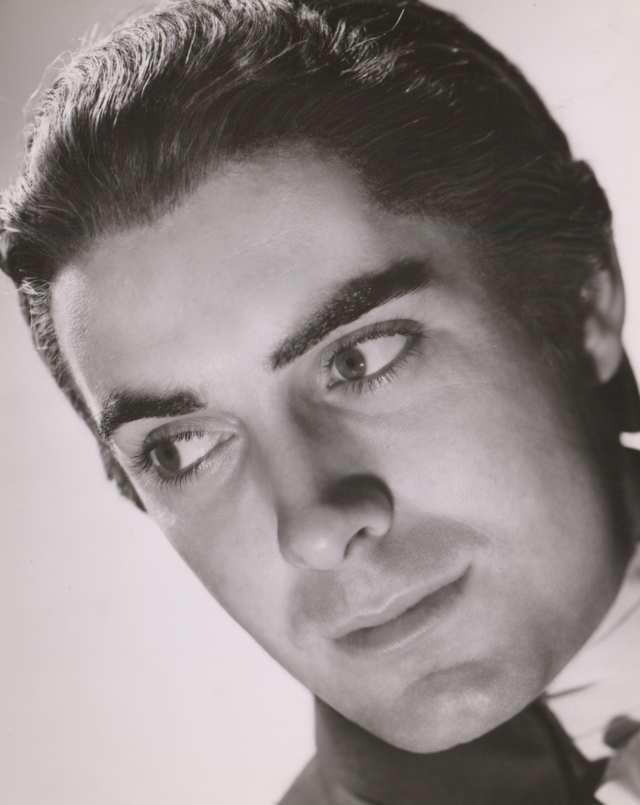 Tyrone Power Photographed by Laszlo Willinger