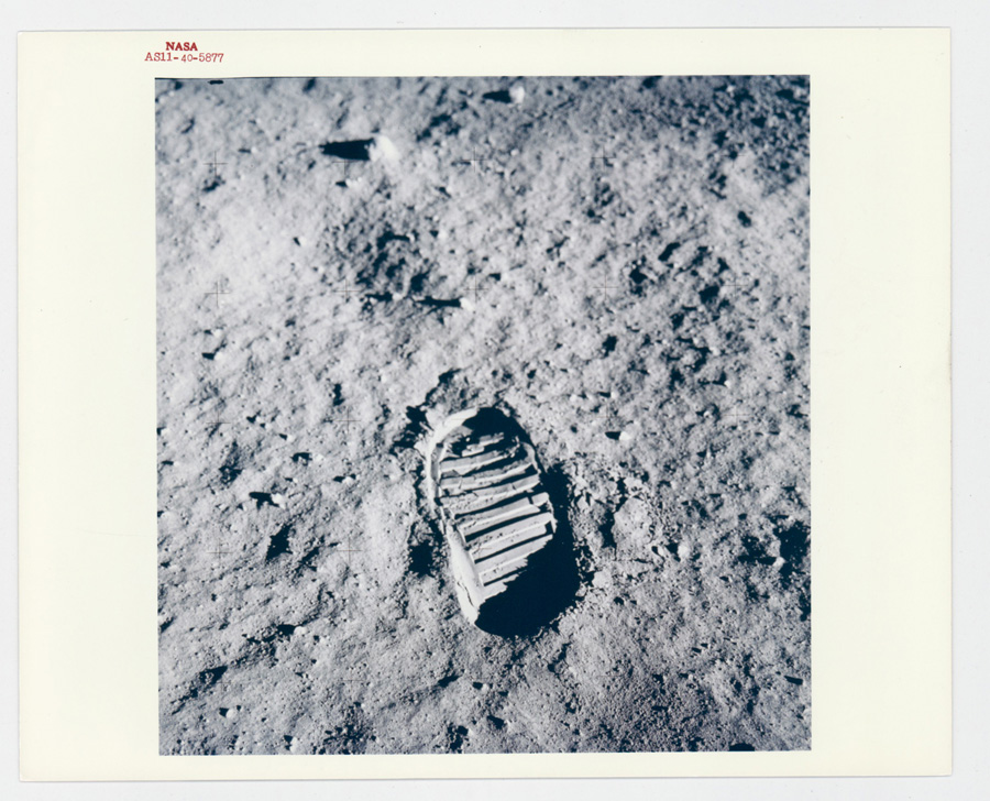 NASA Original Photograph Red Letter AS11-40-5877