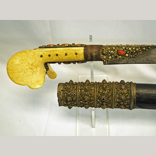 Turkish-Ottoman-Yataghan-sword-with-scabbard