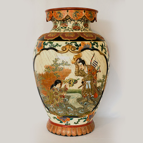 Large Japanese Satsuma Vase in High Relief